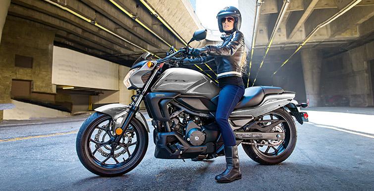 2016 Honda Ctx700 Motorcycle Uae S Prices Specs